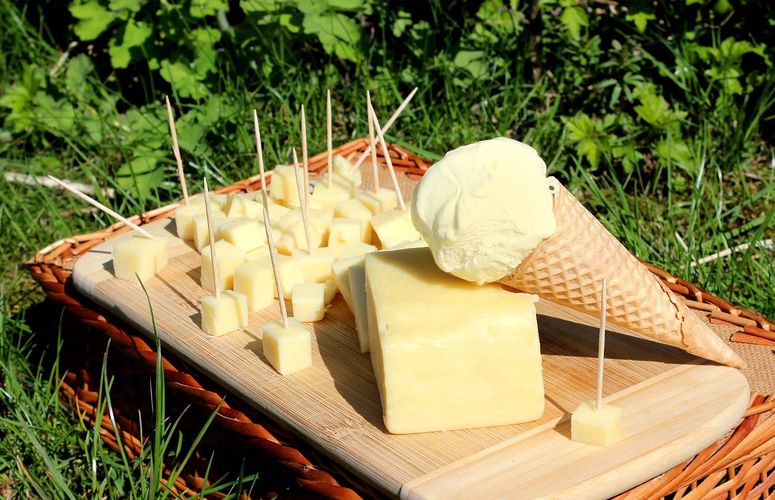 В России стала обязательной маркировка мороженого и сыра
